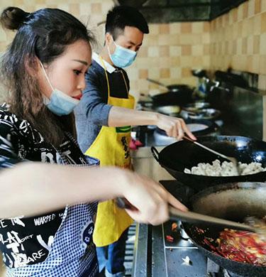 重庆做网站多少钱